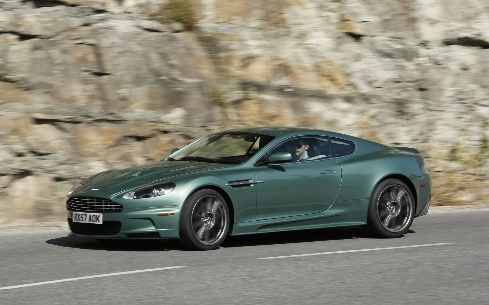 aston martin dbs v12 wallpaper - photo #21