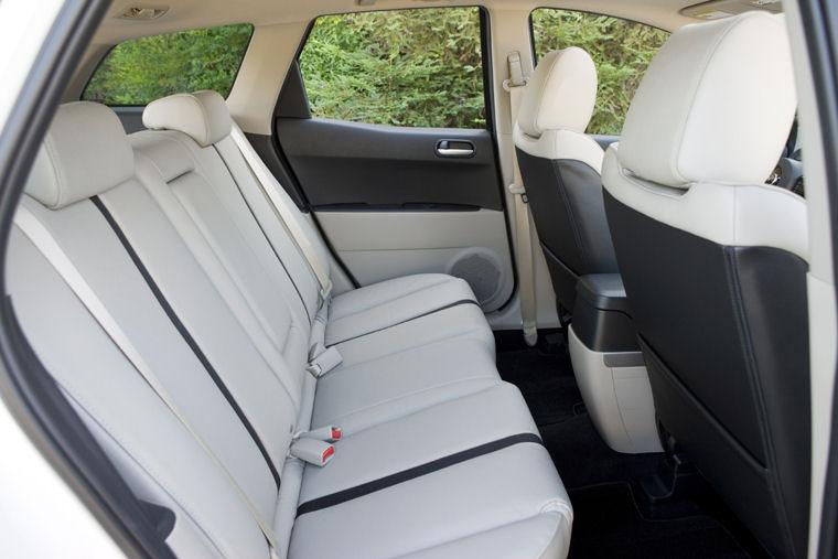 2009 mazda cx7 rear seats picture pic image. Black Bedroom Furniture Sets. Home Design Ideas